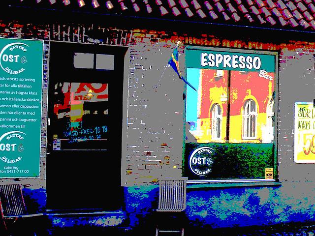 Espresso window area - Zone de la fenêtre expressive -  Båstad  /  Suède - Sweden.   25 octobre 2008 - Postérisation photofiltrée