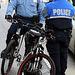 02a.BikeCops.MPDC.LStreet.NW.WDC.9April2009
