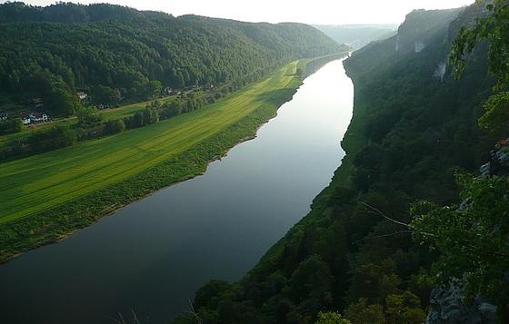 Romantisches Elbtal bei Rathen - Bastei