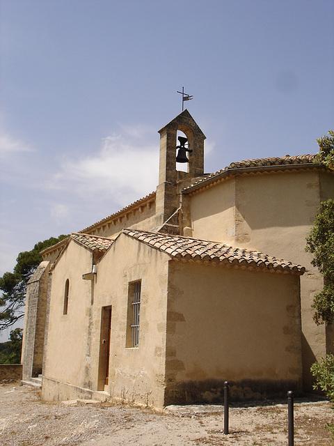 La Barben - Eglise St sauveur 02