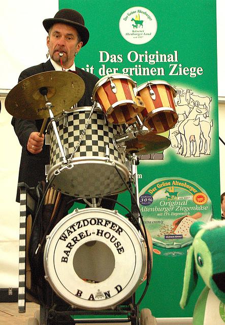tamburisto kaj fajfilo - Schlagzeuger mit Pfeiffe