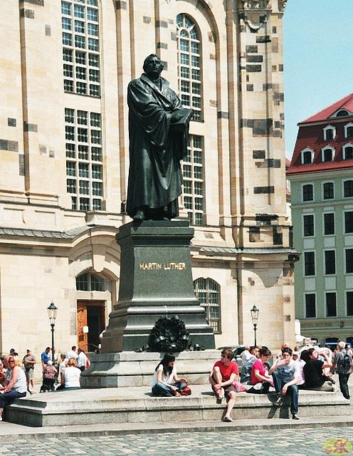 2009-05-20 06 Dresden, Neumarkt, Luther-Denkmal