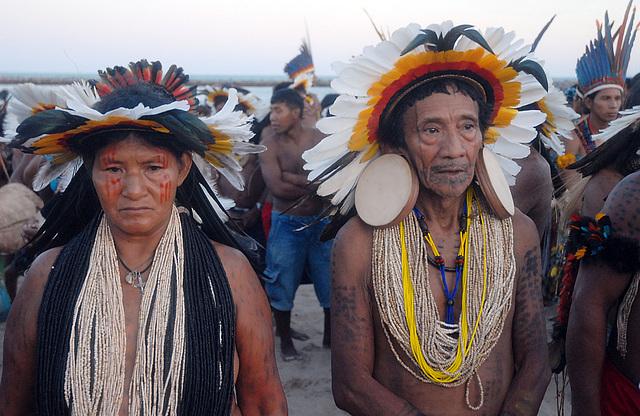 Índios ethnie Rikbaksta, Brésil