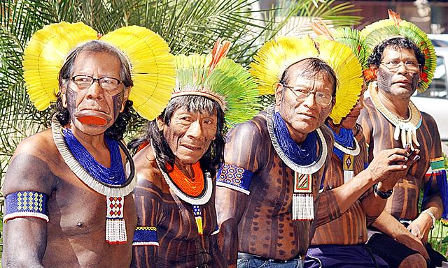 Caciques Kaiapos, Brésil