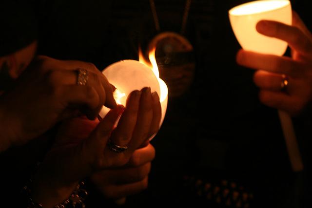 CandleVigil.Light.NLEOM.EStreet.WDC.13May2009