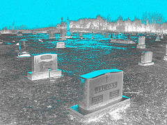 Mountain view cemetery. Saranac lake area.  NY. USA . March 29th 2009-  Jacobs & Jacobs .  N & B en négatif.