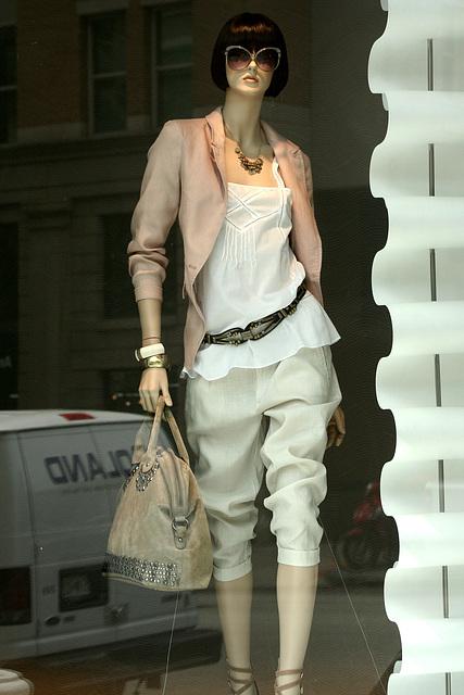 04.Zara.1025F.NW.WDC.22May2009