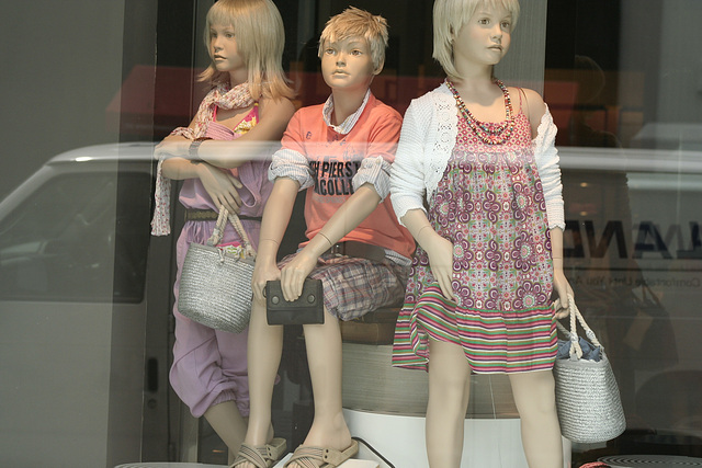 05.Zara.1025F.NW.WDC.22May2009