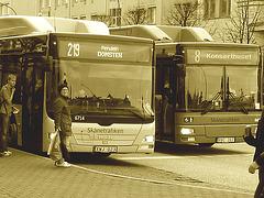 Bus suédois / Swedish buses - Helsingborg / Suède - Sweden.  22 octobre 2008  -  Sepia