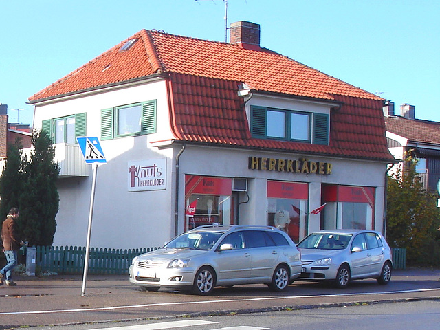 Herrkläder building -  Båstad  /  Suède - Sweden.  25 octobre 2008