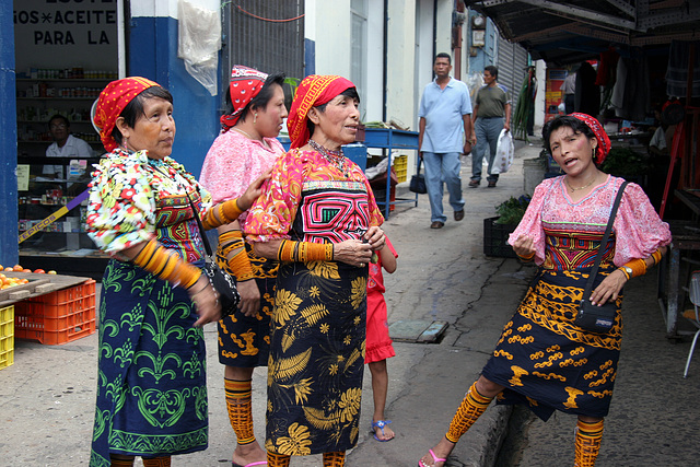 Kuna Women, Colombie