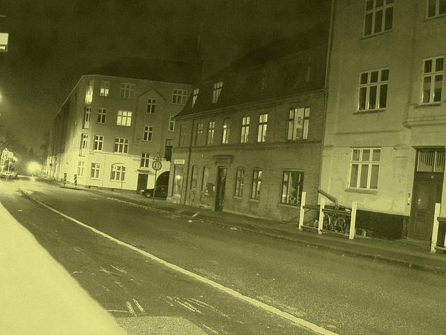 Un soir à Helsingor ....../   Helsingor by the night........Danemark / Denmark.   Octobre 2008 -  Photo ancienne / Vintage