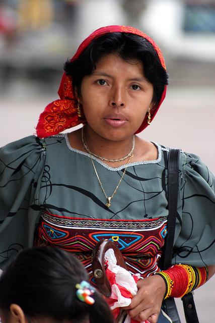 Kuna Woman, Colombie