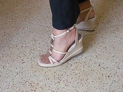 Christiane - New sexy sandals - Nouvelles sandales sexy  / Avec permission.