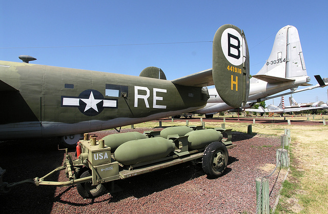 Consolidated B-24M Liberator (8336)