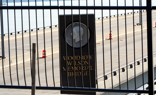 WoodrowWilsonMemorialBridge.MD.8June2009