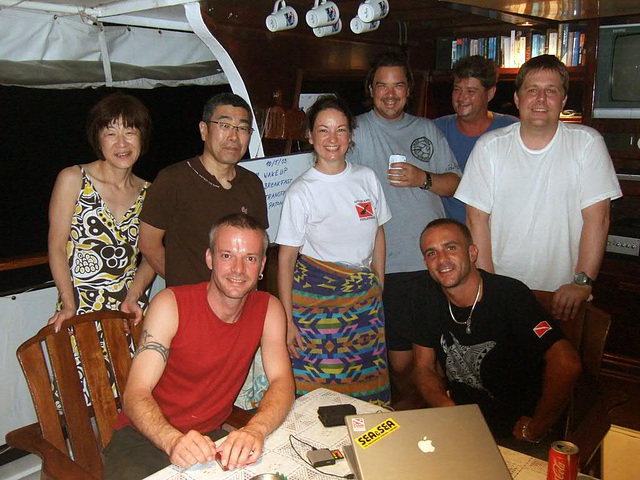 Diving group memory photo