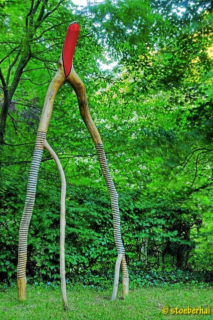 Skulptur von Motron A. Havelka: Raumwesen