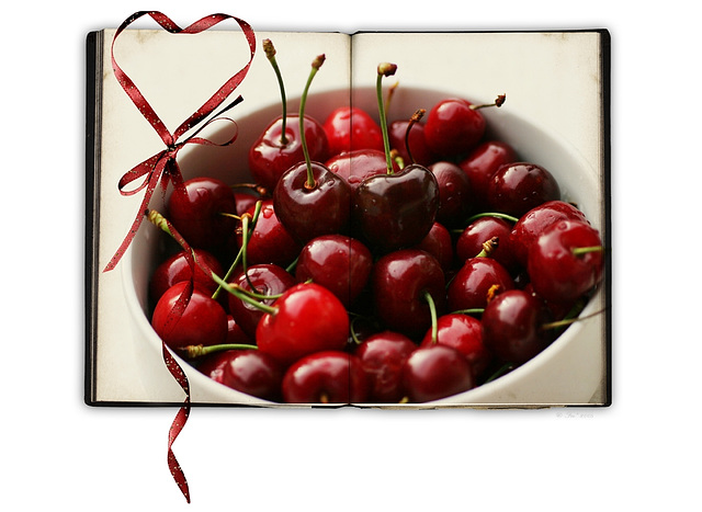 I love♥  red cherries