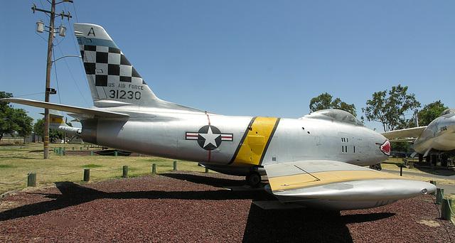 North American F-86H Sabre (8423)