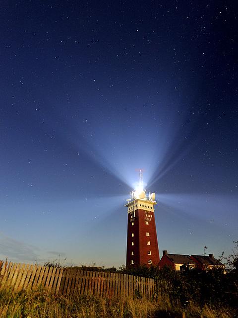 Leuchtturm und Sterne