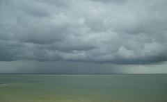 Pluvo super Norda Maro / Regen über der Nordsee
