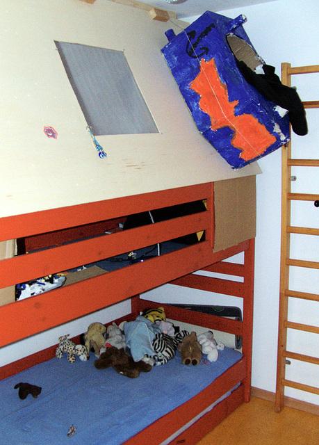 Joke's bed