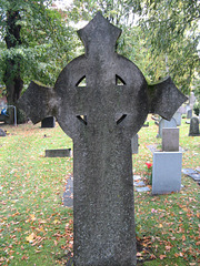 Kruco en tombejo de Stokholm.