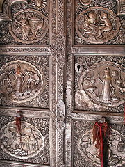 IMG 3566ac Rat Temple Thick Carved Silver Doors