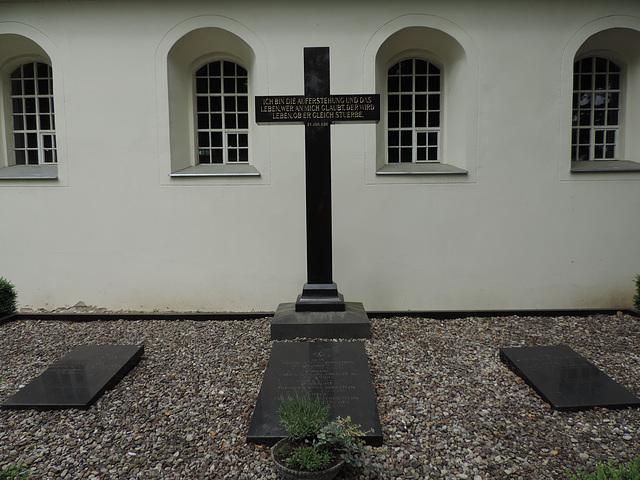 Genshagen - Grabanlage derer von Eberstein