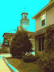 Palais de justice /  Courthouse -  Newport, Vermont.  USA / États-Unis.  23 mai 2009-  Sepia légèrement postérisé