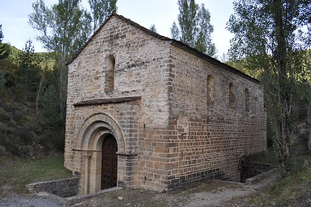 Iglesia de San Adrián de Sásave.