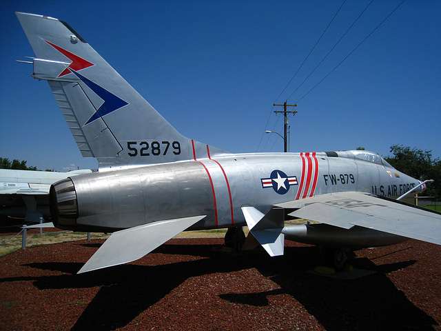North American F-100 Super Sabre (3195)