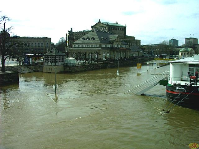2006-04-05 008 Hochwasser