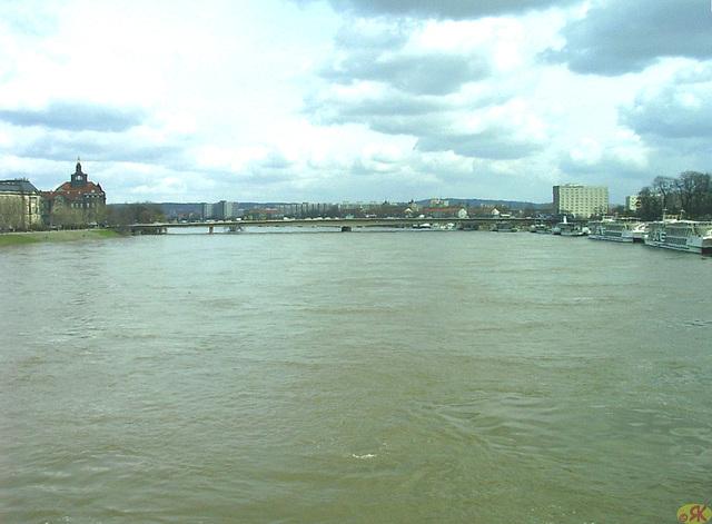2006-04-05 011 Hochwasser
