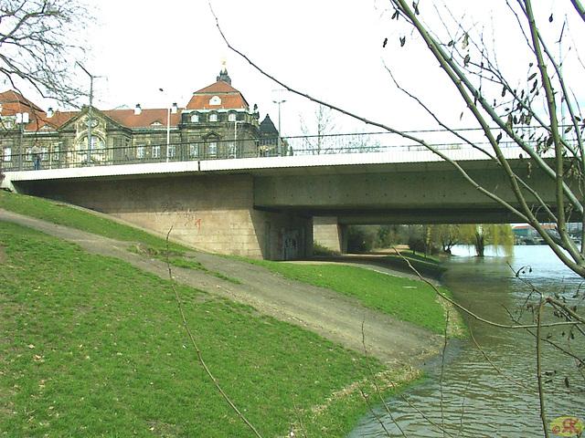 2006-04-05 036 Hochwasser