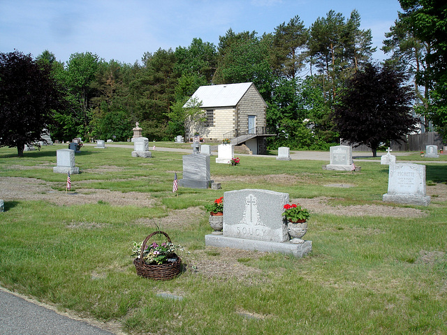 Cimetière St-Charles / St-Charles cemetery -  Dover , New Hampshire ( NH) . USA.   24 mai 2009   -  Soucy & Pichette