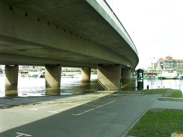 2006-04-05 056 Hochwasser