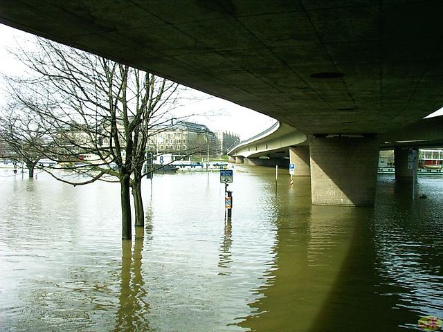 2006-04-05 058 Hochwasser
