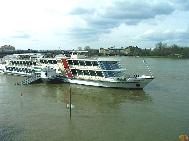 2006-04-05 081 Hochwasser