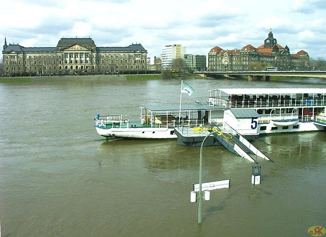2006-04-05 082 Hochwasser