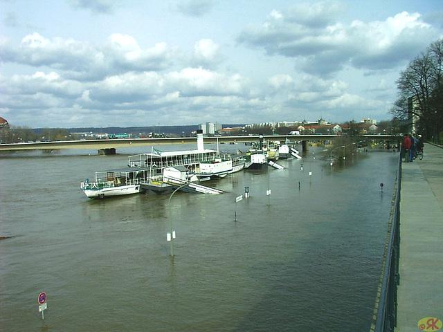 2006-04-05 085 Hochwasser