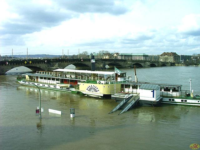 2006-04-05 097 Hochwasser