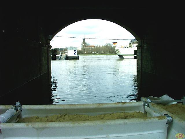2006-04-05 113 Hochwasser