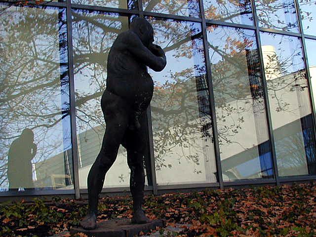 Statue im Spiegel