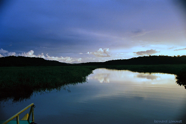 Une nuit dans un carbet dans les marais de Kaw