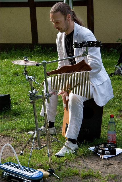 Cajon & Percussions