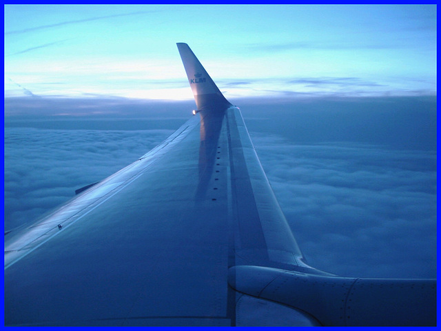 Vol KLM  Amsterdam / Copenhague .  19 octobre 2008 . Cadre bleu