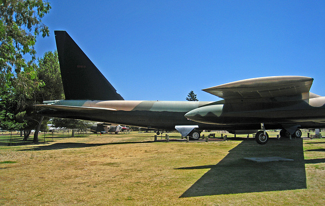 Boeing B-52D Stratofortress (3225)