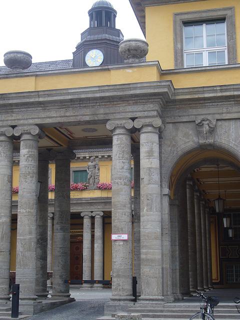 Münchner Rück - Munic Re -Schmuckhof